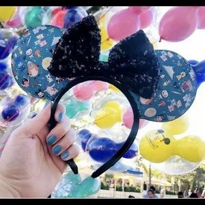NEW RELEASE LIMITED EDITION DISNEY LOUNGEFLY EARS
